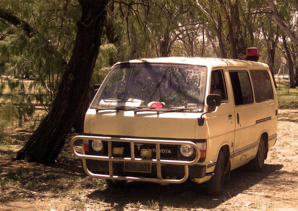 pourquoi acheter un van en australie une histoire d 39 amour avec un van. Black Bedroom Furniture Sets. Home Design Ideas