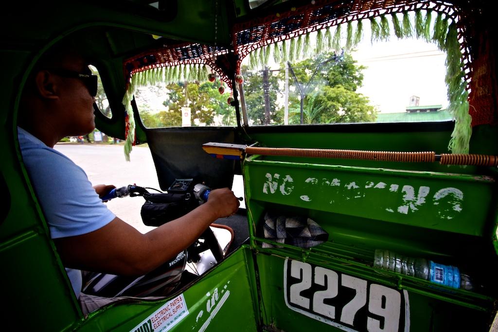 Vue intérieure d'un tricycle Philippin